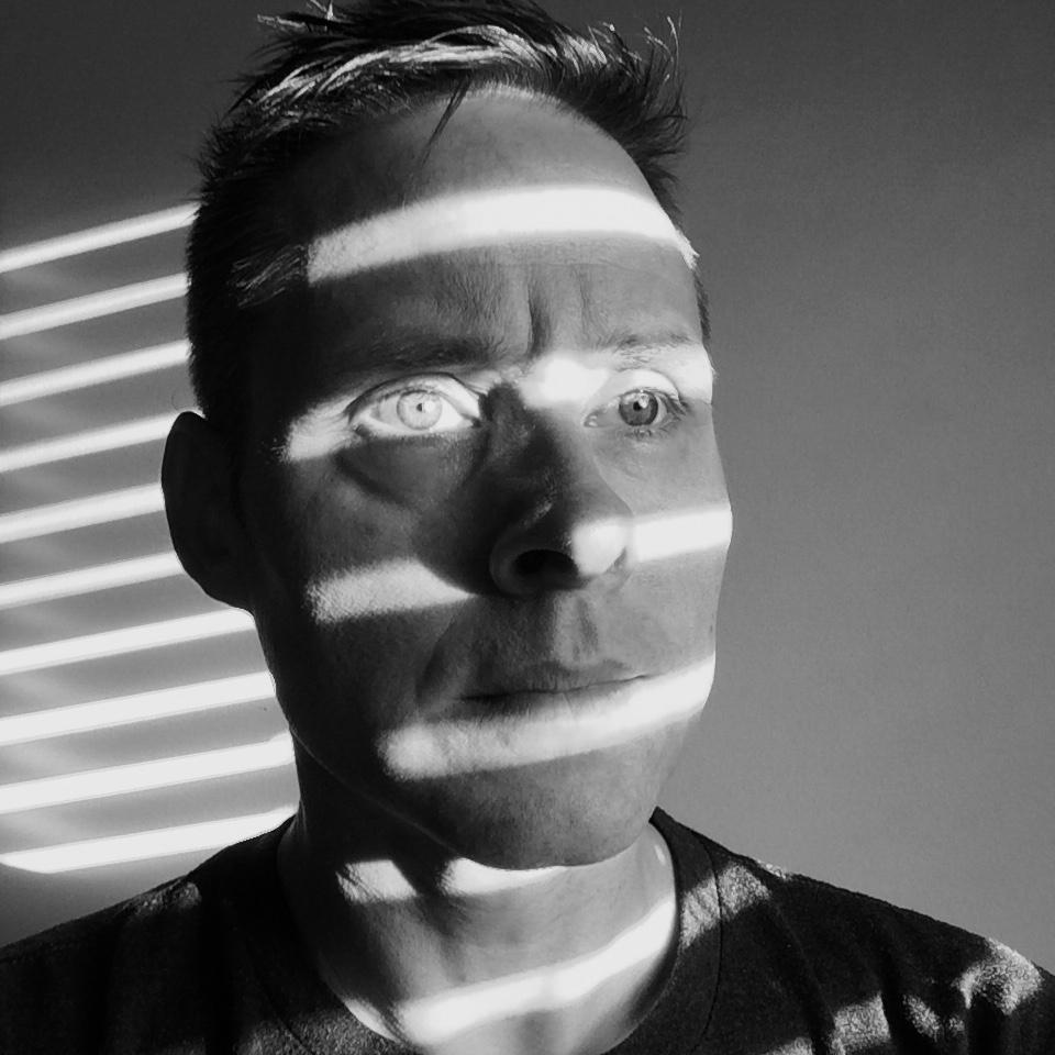 Canadian Artist Randy Hryhorczuk